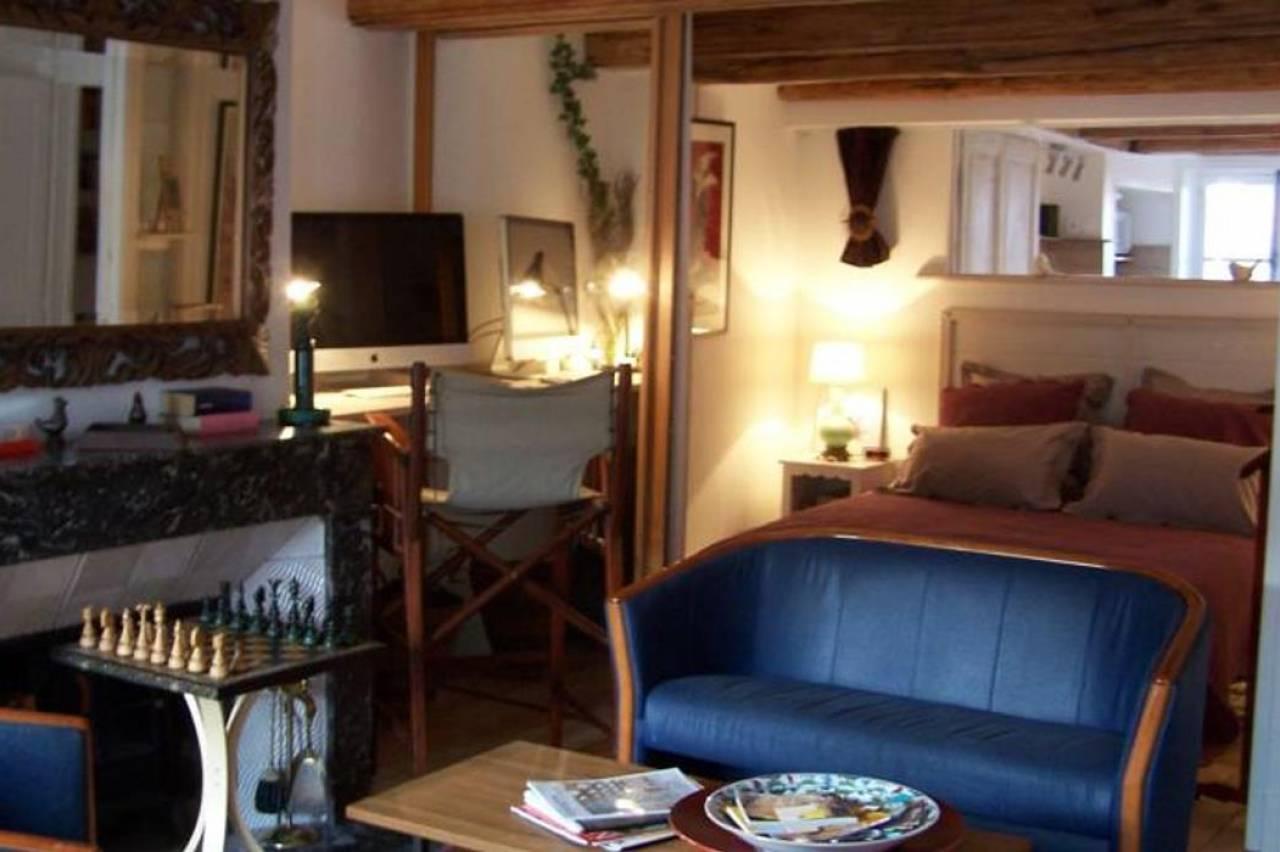 la casa victoria nancy h tels bars. Black Bedroom Furniture Sets. Home Design Ideas