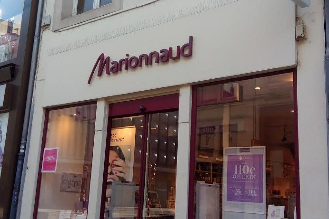 store factory outlets huge discount Marionnaud   Vitrines de Nancy