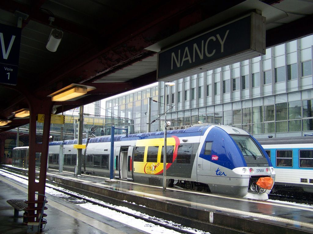 nancy - photo 5
